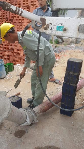 Lấy mẫu bê tông chống thấm